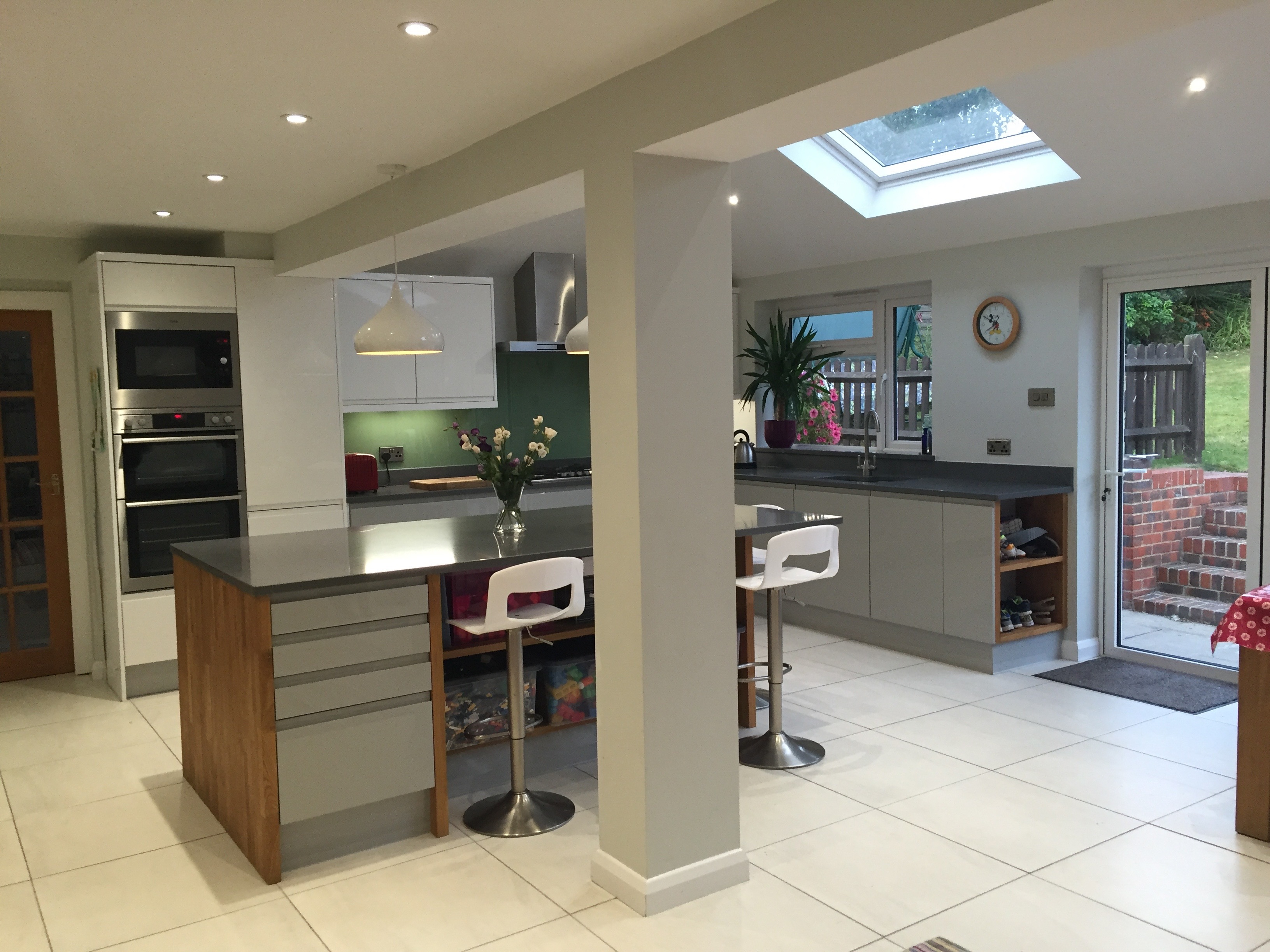 kitchen designer qualifications mcglone kitchen and alterations kitchens bathrooms 666
